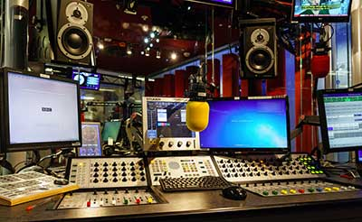 Isolamento acustico studio radiofonico