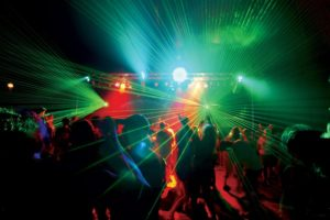 Isolamento acustico discoteca