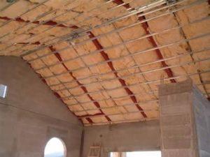 come insonorizzare la mansarda e il tetto in legno
